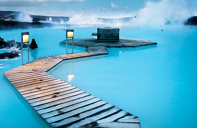 interesting-swimming-pools-13
