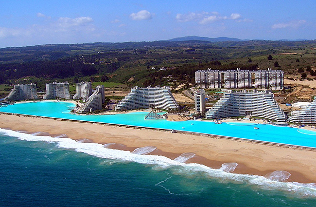 interesting-swimming-pools-14