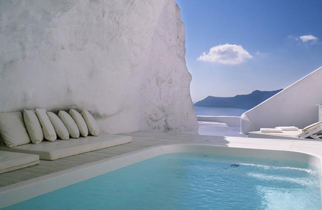interesting-swimming-pools-20