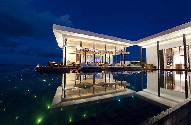 interesting-swimming-pools-21