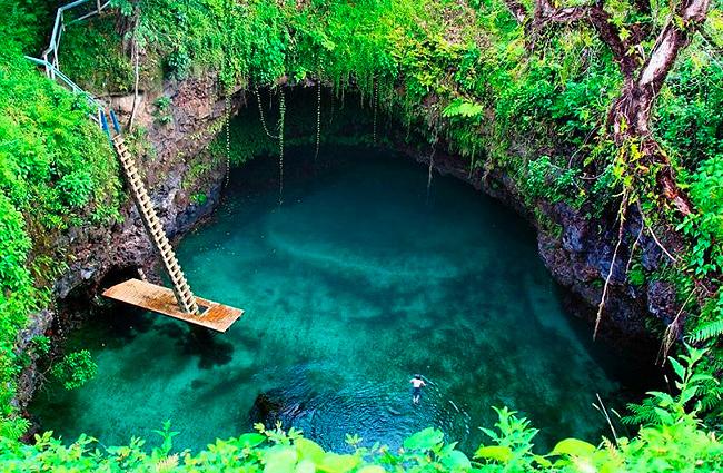 interesting-swimming-pools-31