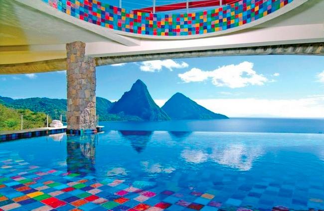 interesting-swimming-pools-32