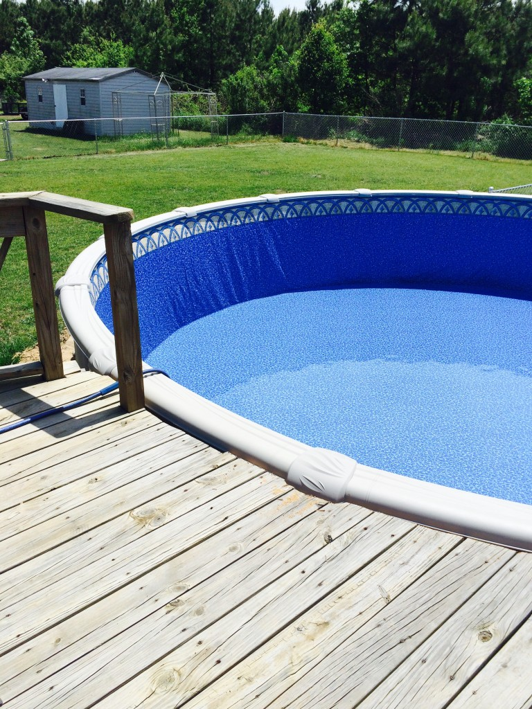How to install a base for your above ground pool liner for Above ground swimming pool liner