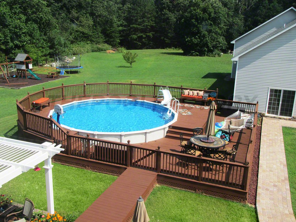 Pool deck ideas full deck the pool factory for Above ground oval pool deck plans