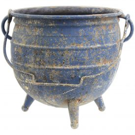 distressed-cauldron-planter
